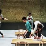 Au KunstenFestivalDesArts, Toshiki Okada en liberté conditionnelle.