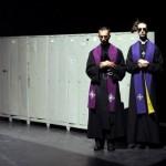 Au Festival d'Avignon, Pippo Delbono se rend aux fous et nous sauve.